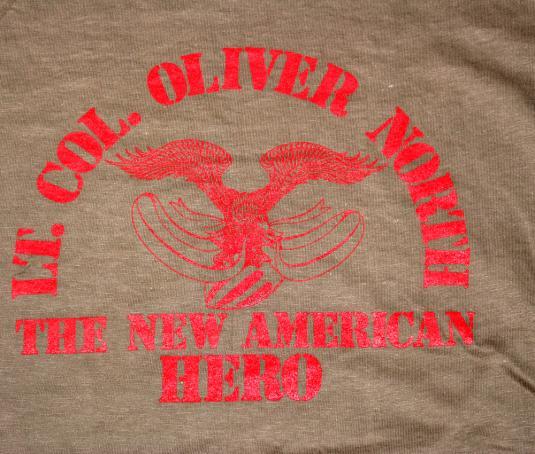 vintage OLIVER NORTH american hero army t-shirt 80s reagan