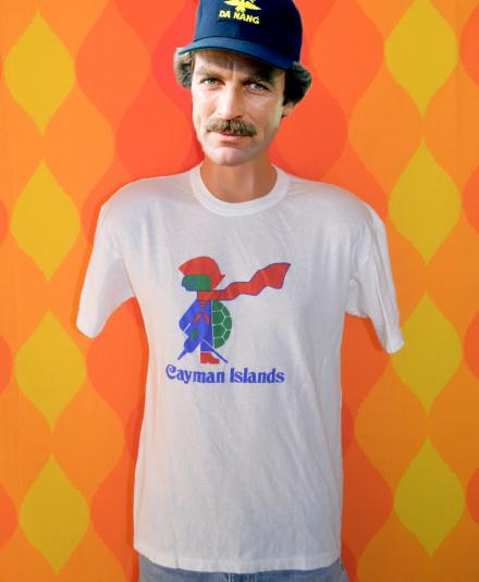 vintage CAYMAN ISLANDS pirate turtle caribbean t-shirt 80s
