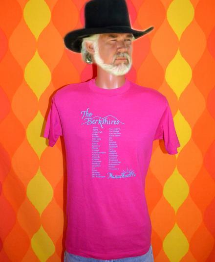 vintage BERKSHIRES moutains massachusetts t-shirt 80s pink