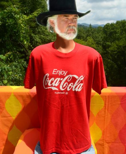 vintage enjoy COKE classic coca cola soda red t-shirt 80s