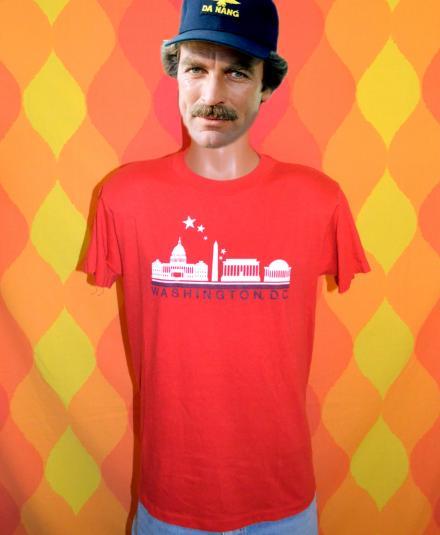 vintage 80's washington DC white house monument t-shirt red