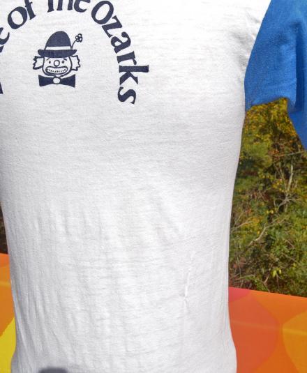 vintage 70s CLOWN floating restaurant ringer t-shirt lake