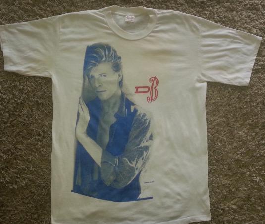 Vintage 80s David Bowie The Glass Spider Tour t shirt