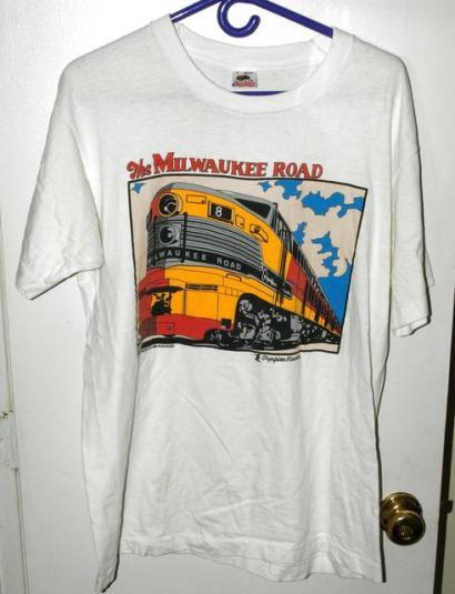 Vtg 90s Pride Of Milwaukee Olympian Hiawatha Train T-shirt