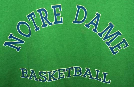 Vtg 90s Notre Dame Fighting Irish Basketball T-shirt