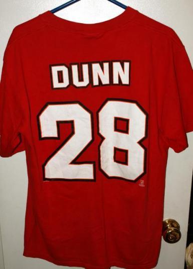 Vintage 1998 Tampa Bay Buccaneers Warrick Dunn #28 T-shirt