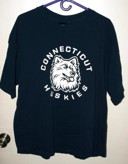 Vintage 90s UConn/Connecticut Huskies School T-shirt