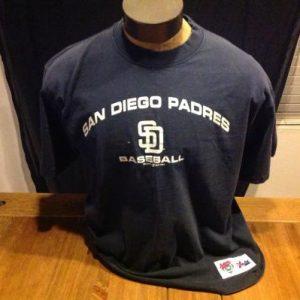 Vintage 1999 San Diego Padres Majestic T-Shirt