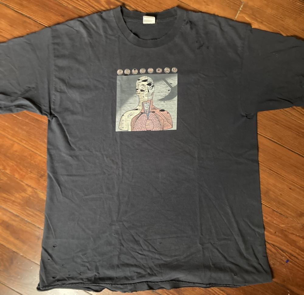 vintage Pearl Jam Anatomy t-shirt