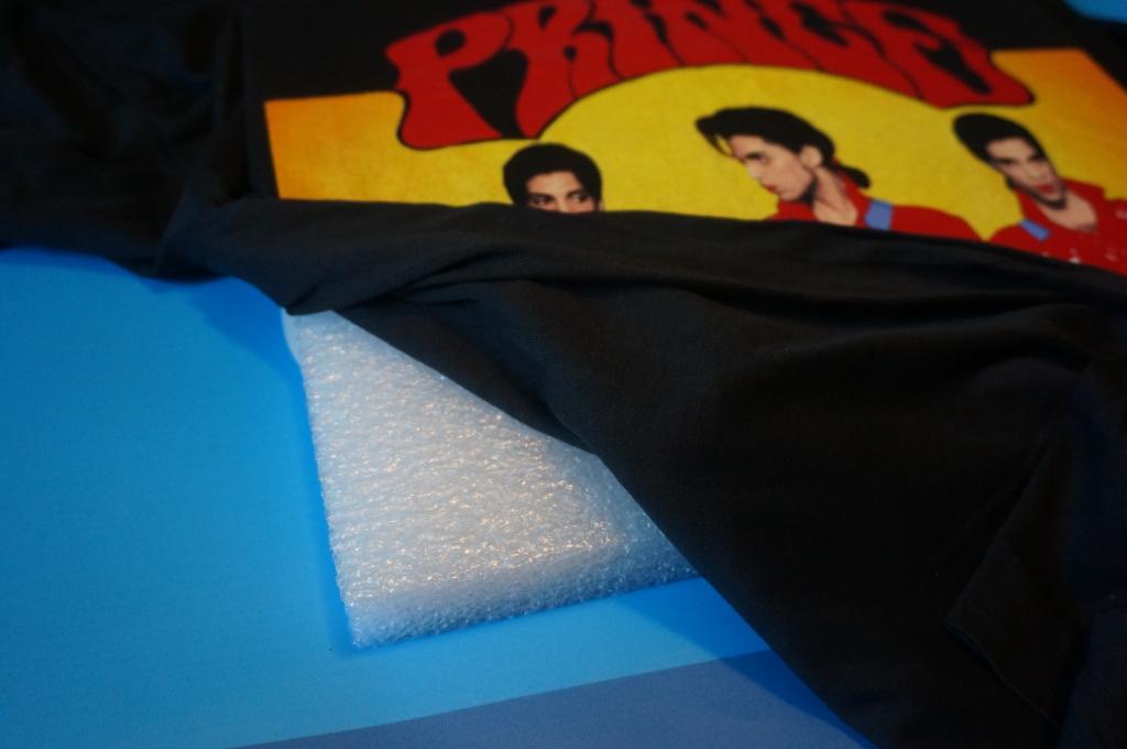 wrap t-shirt around foam insert