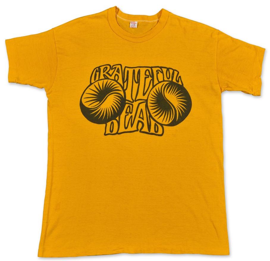 "vintage 1967 Grateful Dead T-Shirt Allan ""Gut"" Terk sells for $17,640"